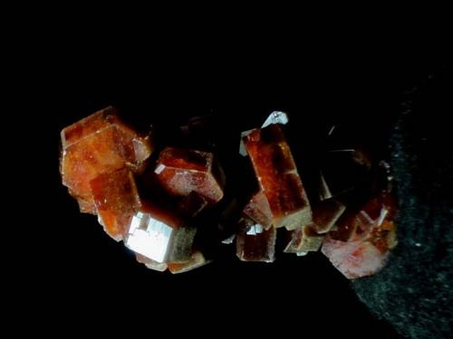 バナジン鉛鉱.JPG